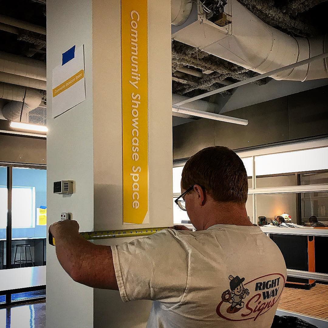 Exciting to see the @afterschoolmatters going up just in time for the thanks @rightwaysigns